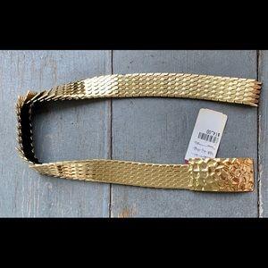 NWT Vintage Gold Serpentine Belt